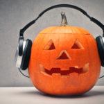 Halloween-Playlists, die dein Kostüm garantiert zum Leben erwecken!